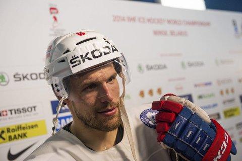 NY KLUBB: Jonas Holøs fortsetter ishockeykarrieren i Sveits. Foto: Thomas Andersen
