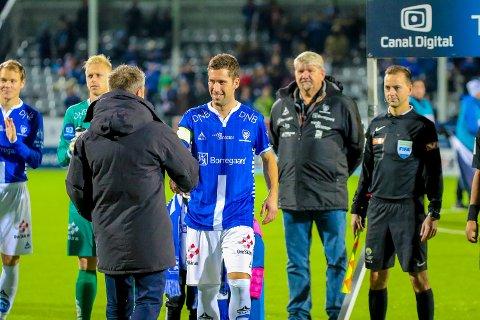 Takker for seg: Thomas Berntsen takker  Steffen Ernemann sin innsats i 08. Nå er dansken steget i gradene i danske Esberg.