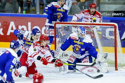 Gode kamper: Marcus Brynhisveen prøver å overliste Jens Kristian Lillegrend.