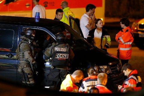 Ni mennesker ble drept i massakren i München fredag, åtte av dem ungdommer og sju av dem utenlandske statsborgere fra Kosovo, Tyrkia og Hellas.
