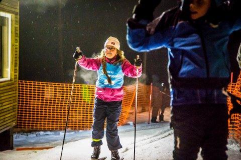 ELSKER SKI: Ingerid Lovise Tangen (8) elsker å stå på ski.