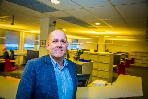 FLYTTER: Banksjef Tormod Sørum i Handelsbanken gleder seg til å ta i bruk de nye lokalene i samme bygget når de flytter 1. september.