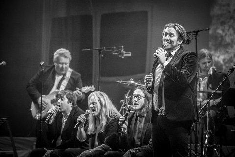 TILBAKE FRA FORTIDEN: Stian Joneid og resten av Masters Of The Past skal sørge for å fremføre alt fra The Beatles anno 1967 den kommende høsten.