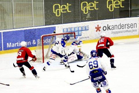 Effektive: Lørenskog var effektive flinkere til å score på sine sjanser enn Sparta.   Foto: Dagfinn Heidenberg.