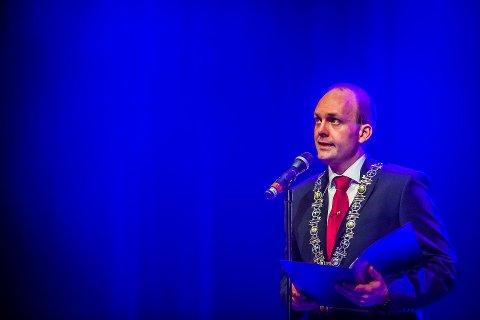 GODE ODDS: Ifølge spillselskapet Coolbet, er det trolig ordfører Sindre Martinsen-Evje som stikker av med seieren ved årets kommunevalg.