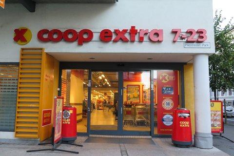 PRISKRIG. Coop Extra innfører nå 11 prosent rabatt på frukt og grønt. Foto: Astrid-Helen Holm (Nettavisen)