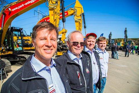 GODE PÅ IA: NAV skryter av Park & Anlegg, her representert ved Simen Larssen (f.v.), Jack Valleraune, Lars Erik Lunde og Sigbjørn Rød.