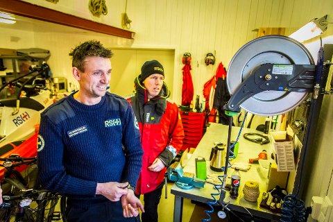 OVERVELDET: Leder i RSRK Skjeberg, Geir Tore Kopperud fryder seg over den store interessen blant frivillige som ønsket å bidra på «RS Kystvekteren» den kommende sommersesongen.
