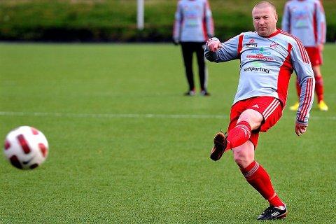 TIL TUNE IL: Raymond Kvisvik har meldt overgang til Tune IL Fotball. Nå er han klar for 6.-divisjonsklubben kommende sesong. Det er også Lars Kristian Eriksen.