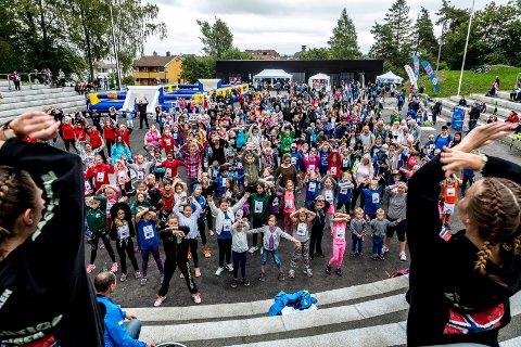 FLERE I AKTIVITET: Målet er at enda flere barn og unge i Sarpsborg skal få muligheten til å delta i et organisert fritidstilbud.