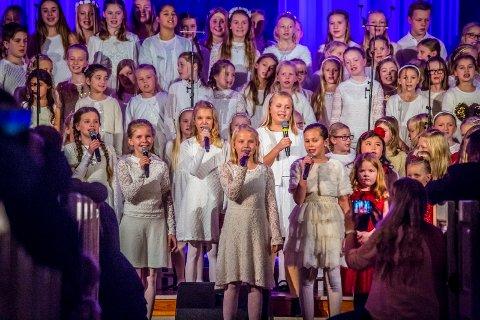 Julekonsert: I november 2016 fylte Diorama Sang Dans og Drama Sarpsborg Kirke til  randen med julekonserten «Julestjerner». I år flyttes den til Tune kirke.