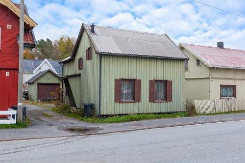 RIMELIG: Eiendommen ligger i Stasjonsbyen i Skjeberg.
