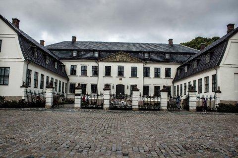 Fredet: Hafslund hovedgård er et at få fredete bygg i privat eie i Sarpsborg.