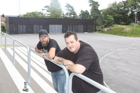 Gjenoppliver festival: Torro Sollie (til venstre) og André Altier går i bresjen for å blåse liv i festivalen Pønk i parken igjen, som arrangeres i Kulåsparken  24. til 26. mai.