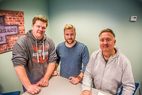 Patrick Walther Larsen, Jonas Magnussen og Petter Kalnes i SA-podden.