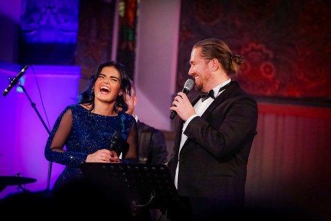 LATTER: Ulrikke Brandstorp (24) solgte ut Tune kirke også i fjor. Da hadde hun med seg Stian Joneid som gjesteartist. I år skal hun dele scene med haldenseren Thor-Martin Thorsen.
