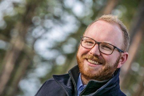 BYTTER JOBB: Emil Engeset bytter jobb. Den norske kirke blir ny arbeidsgiver.