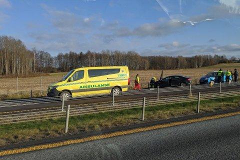 UHELL: Trafikkuhellet skjedde like før avkjøringen til Årvoll i nordgående kjøreretning.