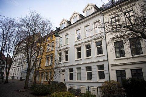 Leiligheten i Fredrik Meltzers gate var først priset til 2,3 millioner. Etter fem måneder ble den solgt for 2.,12 millioner kroner.