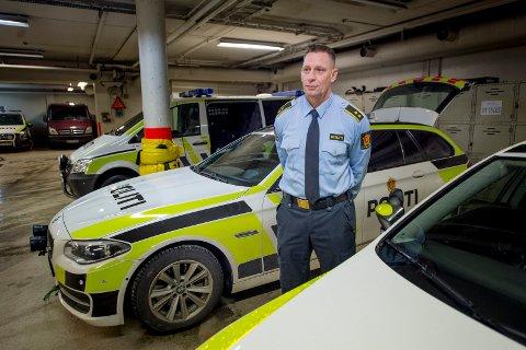 Nærpoliti-sjef Inge Jensen håper at foreldre vil følge ende bedre med på hva ungdommene driver med på fritiden. Denne uken måtte politiet redde en 17-åring i forbindelse med en GHB-overdose.