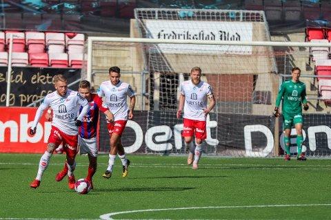 FFKs serieåpning mot Hødd søndag er bare en av rundt 50 fotballkamper du kan se på sa.no denne helgen.