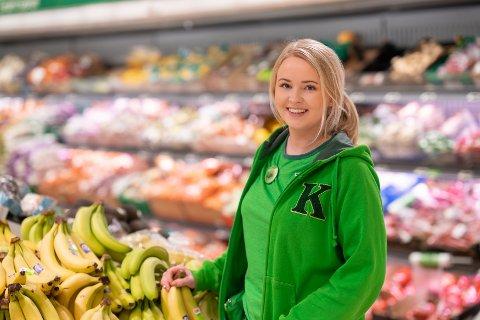 UNG BUTIKKSJEF: I en alder av 23 år fikk Malin Therese Berger jobben som butikksjef ved Kiwi Borgenhaugen.