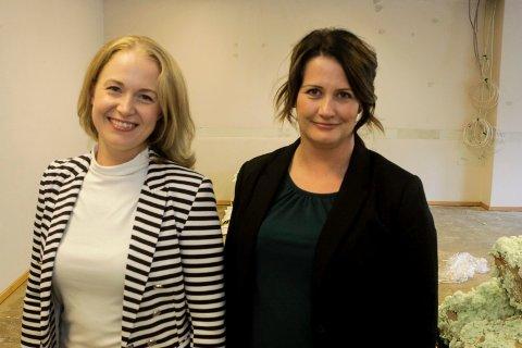 Kjærkomne penger: Anne Mari Elvestad, leder i Diorama (til venstre) setter stor pris på tilskuddet de mest sannsynlig får godkjent i Kulturutvalget, her ved kulturutvalgsleder Therese Thorbjørnsen. Her er de i Dioramas nye lokaler i Glengsgata, som nå er under oppussing.