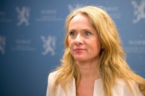 Arbeids- og sosialminister Anniken Hauglie (H) så søndag ikke noe annet valg enn å stanse sykehusstreiken med tvungen lønnsnemnd.