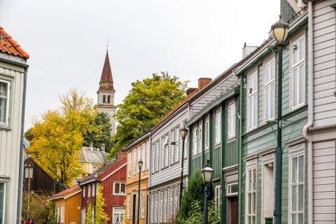 Trondheim  20171004. Bakklandet i Trondheim er bebyggelsen langs østsida av Nidelva. Foto: Gorm Kallestad / NTB scanpix