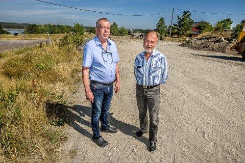 Øivind Erichsen (til høyre) har solgt Nylandsveien 45 til Nordbyhaven for 12 millioner kroner. Runar Walther er med på prosjektet Nordbyhaven.