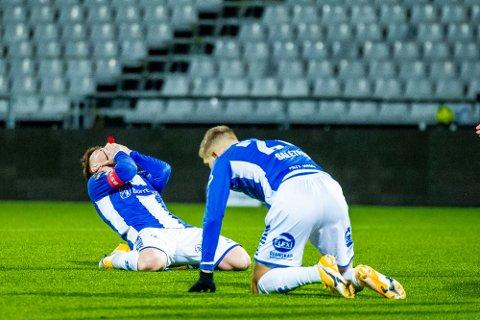 Langt nede: Fotballekspert Joacim Jonsson tipper Sarpsborg 08 her ved Gaute Vetti og Anton Saletros langt ned på tabellen denne sesongen.