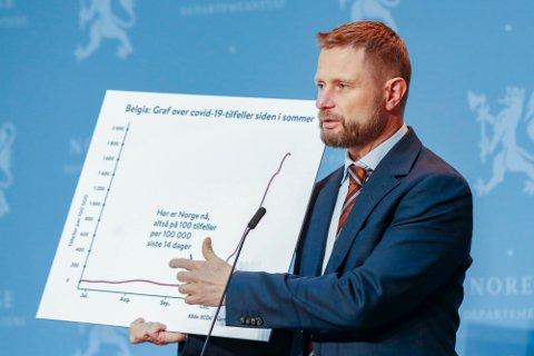 Helseminister Bent Høie (H) frykter at Norge kan havne i samme situasjon som Belgia dersom ikke vi ikke greier å stanse spredningen av koronaviruset nå.