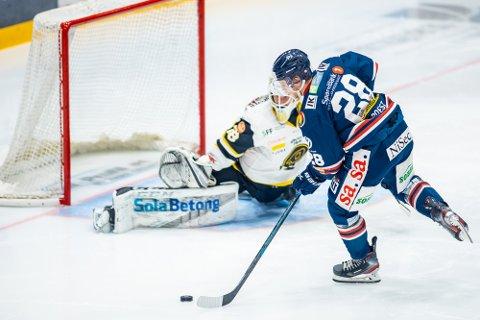 NESTE KAMP: Kaptein Niklas Roest og Sparta spiller sin neste kamp mot Lillehammer i Sparta Amfi torsdag 14. januar.