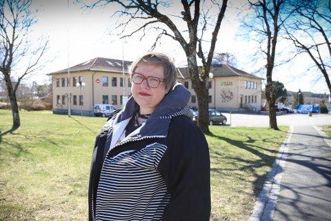 STRAMMER INN: Kommuneoverlege Sarah Frandsen Gran i Råde kommune forteller at det kun er lov med fem gjester for Råde-innbyggerne i tiden som kommer.