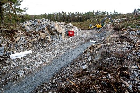 ENKEL VEI: I tillatelsen til opparbeidelsen av veianlegget heter det at veien skal være opparbeidet som enkel adkomstvei/turvei. Det er også et krav at terrenginngrepet må utføres skånsomt og holdes på et minimumsnivå. Slik ser det ut i dag.