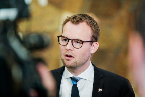 Oslo 20200526.  KrF-leder Kjell Ingolf Ropstad etter at Stortinget har behandlet endringer i bioteknologiloven tirsdag. Foto: Vidar Ruud / NTB scanpix
