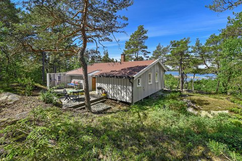 SOLGT: Denne hytta på Dusa ble nylig solgt for 4,8 millioner kroner, som var 800.000 kroner mer enn prisantydningen.