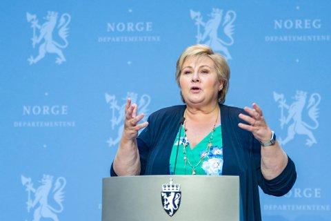 Statsminister Erna Solberg på pressekonferanse om koronasituasjonen og reiser til og fra Europa.