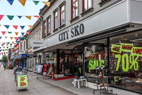 SKOBUTIKKEN VIDEREFØRES: City Sko i gågata skal drives videre, men med ny eier.