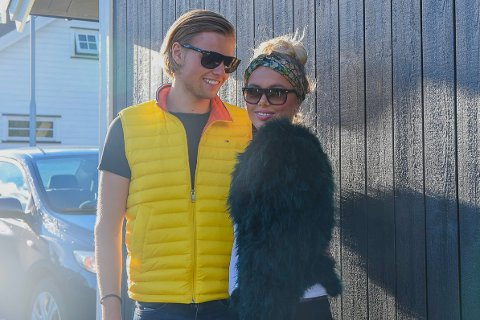 KLARE FOR FORELDRESKAP: Andreas Glosli Henriksen (20) og Alexandra Helene Elvebakken Gjerstad (19) gleder seg aller mest til å møte den lille. – Det blir så spennende å se hva slags person det blir, sier de