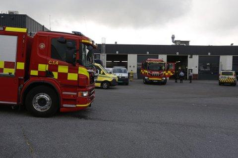 Alle nødetatene rykket ut etter melding om brann i et næringsbygg langs Statsminister Torps vei.