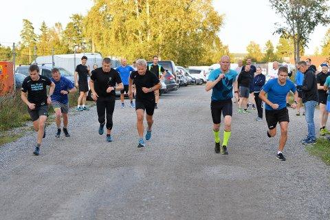 MANGE: Det var 41 deltakere i Torsdagsløpet også denne gangen.