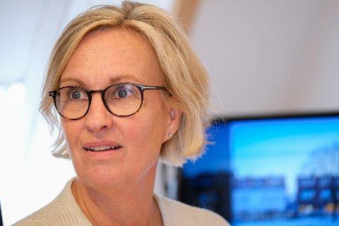 NÅDD TOPPEN: Kommuneoverlege Hilde Skyvulstad tror smittetoppen er nådd etter at kun tre nye har testet positivt for Covid-19 tirsdag kveld.