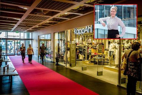 SUKSESS: Kjøpesenteret Stopp på Tunejordet opplevde stor suksess i fjor, ifølge senterleder Daniella Mossberg (innfelt). Omsetningen økte med 31 prosent sammenlignet med året før.
