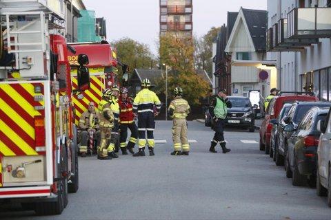 Brannvesen, politi og ambulanse var på plass St. Marie gate tirsdag kveld.