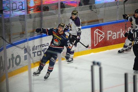 Emil Lundberg scoret seiersmålet for Sparta i kampen mot Grüner torsdag - og sikret 3-2-seier for sarpingene i det som var en skikkelig slitekamp. (Foto: Thomas Andersen)