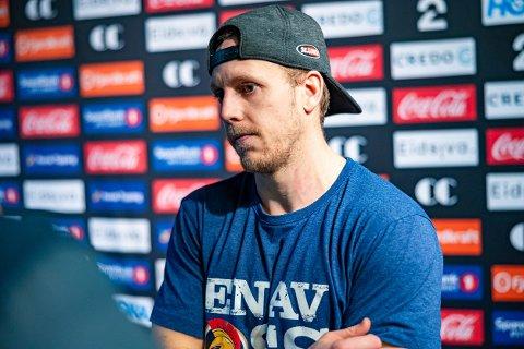 FORBANNET: Sparta-kaptein Niklas Roest var forbannet i mixed sone hos pressen etter kampen, etter å ha sett annulleringen i reprise.