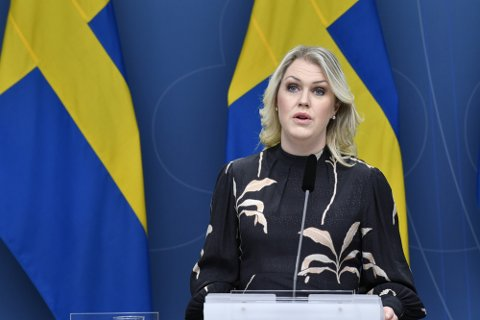 Sosialminister Lena Hallengren presenterte onsdag en rekke lovforslag som innebærer nedstengninger.