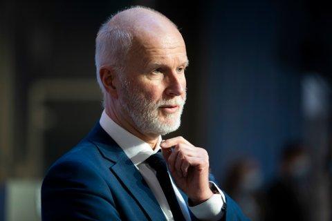 Helsedirektør Bjørn Guldvog under pressekonferanse om koronasituasjonen.