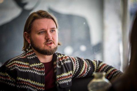 FORSTÅR POLITIKERFORAKT: Freddy André Øvstegård, stortingsrepresentant for SV Østfold, vil bringe folket nærmere politikerne. Arkivfoto: Vetle Granath Magelssen